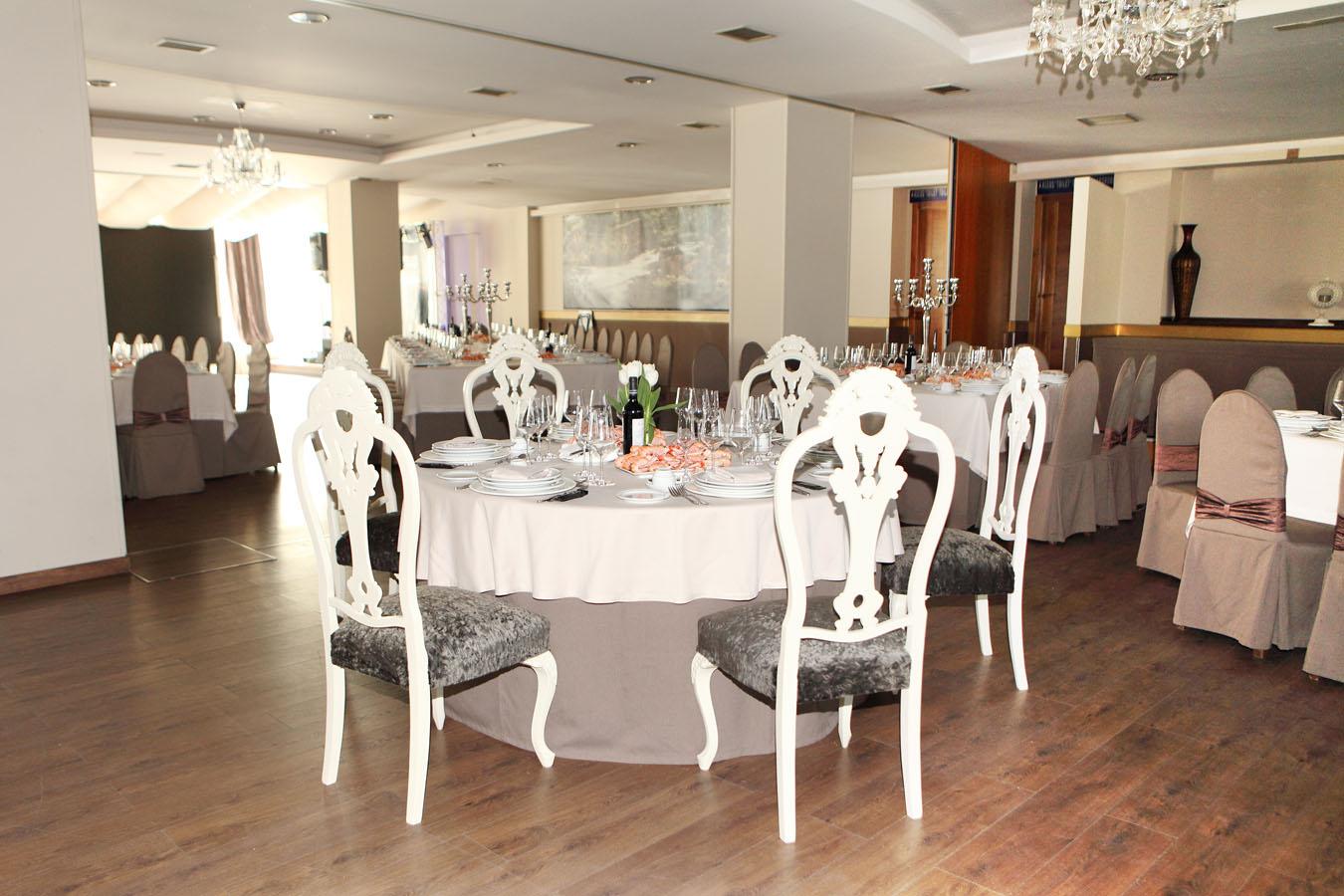 enlace-boda-bertamirans-carballo-marcos-y-rocio-banquete-punta-del-este021